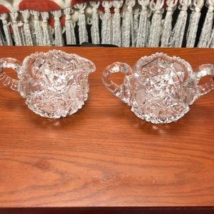 Stunning crystal double handle bowl and pitcher!
